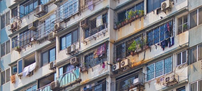 Права на квартиру у собственников, нанимателей и проживающих в ней граждан