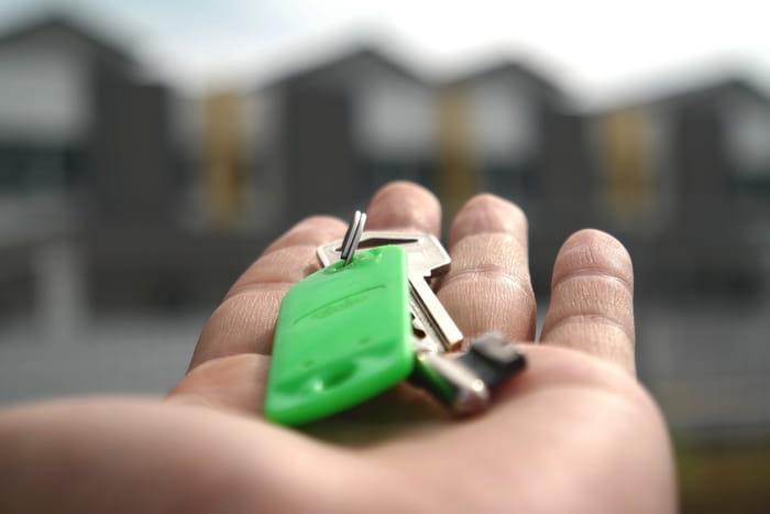 Изображение - О периоде оплаты налога с продажи квартиры в 2019 году prodazha-i-pokupka-kvartiry